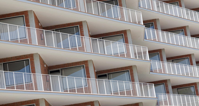 CM-Santo-Tomás-de-Aquino-García-de-Paredes-y-de-la-Hoz-Arderius-1956-Premio-Nacional-de-Arquitectura-restaurado-por-I-Bau-Arquitectos-fotografía-celia-de-coca