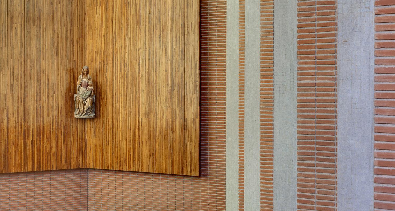 CM-Santo-Tomás-de-Aquino-García-de-Paredes-y-de-la-Hoz-Arderius-1956-Premio-Nacional-de-Arquitectura-restaurado-por-I-Bau-Arquitectos-fotografía-celia-de-coca-8