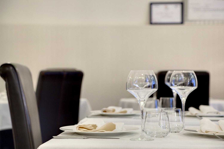 Interiores de diseño ·  Restaurantes