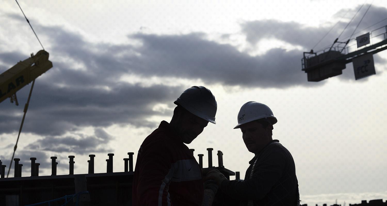 siluetas obreros - fotografía obras arquitectura - celia de coca